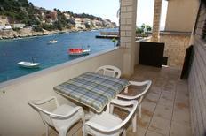 Appartement de vacances 666019 pour 2 personnes , Zavalatica