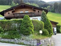 Ferienhaus 666808 für 20 Personen in Kaltenbach