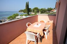 Holiday apartment 667289 for 4 persons in Zambratija