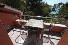 Holiday apartment 667813 for 5 persons in Cres