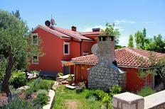 Holiday apartment 667899 for 5 persons in Ćunski