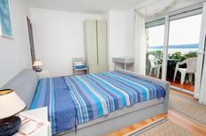Mieszkanie wakacyjne 667926 dla 5 osoby w Dramalj