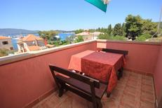 Holiday apartment 668022 for 4 persons in Ilovik