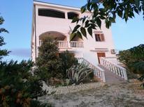 Appartement de vacances 668363 pour 4 personnes , Kustići