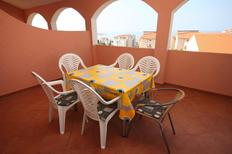 Holiday apartment 669472 for 6 persons in Novalja