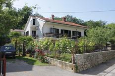 Holiday apartment 669777 for 5 persons in Oprič