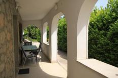 Appartement 669791 voor 4 personen in Oprič