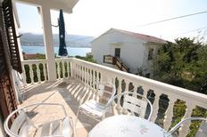 Holiday apartment 669896 for 5 persons in Pag
