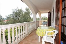 Holiday apartment 670069 for 6 persons in Porat