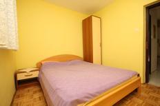 Appartement 670133 voor 6 personen in Povljana