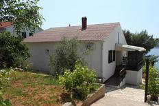 Holiday apartment 670519 for 8 persons in Stara Novalja