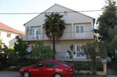 Appartamento 671129 per 5 persone in Biograd