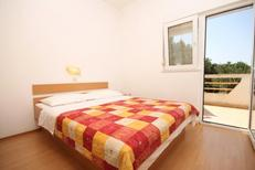 Holiday apartment 671253 for 3 persons in Bozava
