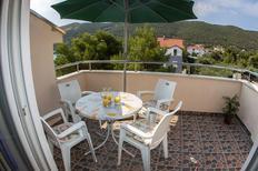 Appartement 671430 voor 6 personen in Grebastica