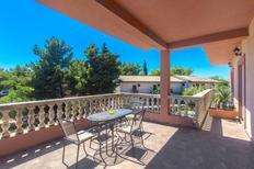 Appartement de vacances 672429 pour 4 personnes , Pirovac