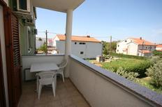 Appartement 673682 voor 3 personen in Starigrad-Paklenica