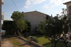 Appartamento 673716 per 3 persone in Starigrad-Paklenica