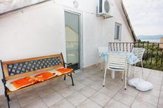 Appartamento 673760 per 3 persone in Sukošan