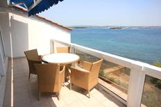 Holiday apartment 674038 for 5 persons in Tkon