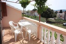 Appartamento 674151 per 2 persone in Turanj