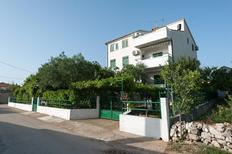 Appartamento 674155 per 4 persone in Turanj