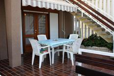 Holiday apartment 674656 for 5 persons in Vodice