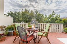 Holiday apartment 676032 for 4 persons in Duce