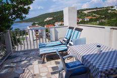 Ferienwohnung 676996 für 3 Personen in Maslinica