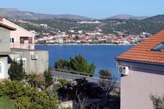 Ferienwohnung 678449 für 7 Personen in Poljica bei Trogir