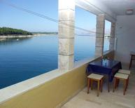 Ferienwohnung 678570 für 4 Personen in Povlja