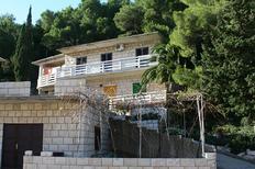 Ferienwohnung 678572 für 4 Personen in Povlja
