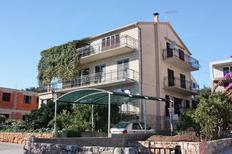Appartamento 679406 per 2 persone in Stari Grad