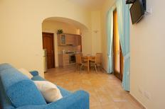 Ferienwohnung 679773 für 4 Personen in Sorrento
