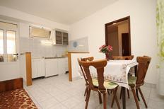 Appartement de vacances 679928 pour 3 personnes , Tučepi