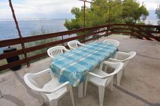 Ferienwohnung 679971 für 5 Personen in Gdinj