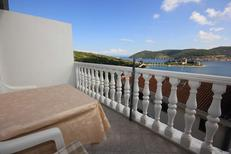 Holiday apartment 680210 for 2 persons in Vis