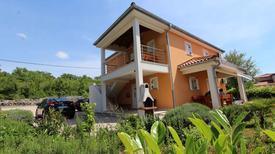 Ferienwohnung 686645 für 6 Personen in Kremenići