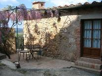 Holiday apartment 686805 for 2 adults + 1 child in Sovicille