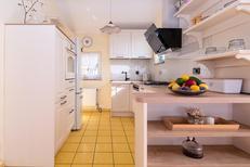 Appartement 687860 voor 4 personen in Crikvenica