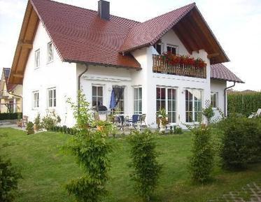 Ferienwohnung 688459 für 3 Erwachsene + 2 Kinder in Günzburg