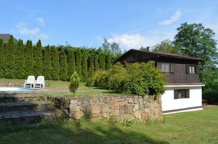 Villa 688913 per 5 adulti + 1 bambino in Cervena nad Vltavou