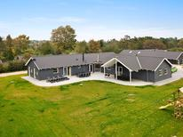 Ferienhaus 689432 für 18 Personen in Tisvildeleje