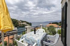 Semesterlägenhet 690266 för 5 personer i Splitska