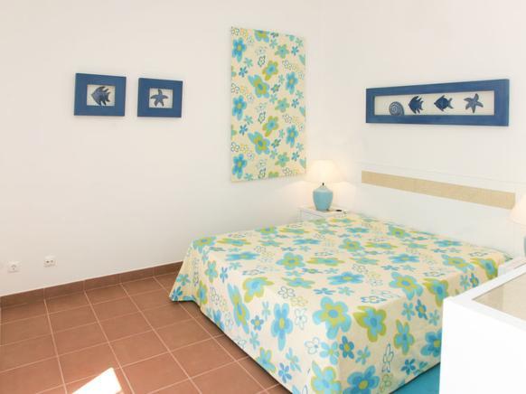objekt nr 691785 ferienhaus f r 7 personen in alvor bei. Black Bedroom Furniture Sets. Home Design Ideas