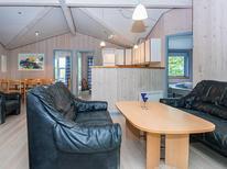 Ferienhaus 693501 für 8 Personen in Hvidbjerg
