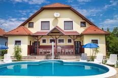Vakantiehuis 693872 voor 8 personen in Balatonmariafürdö