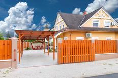 Casa de vacaciones 693976 para 6 personas en Balatonkeresztúr