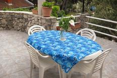 Holiday apartment 695508 for 7 persons in Pirovac