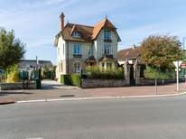 Vakantiehuis 695614 voor 10 personen in Bayeux