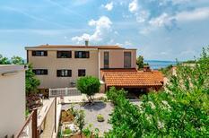 Ferienhaus 695647 für 2 Erwachsene + 2 Kinder in Crikvenica